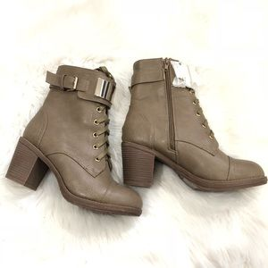 Shoes - NWT Lace Up Boots Booties Taupe Size 6
